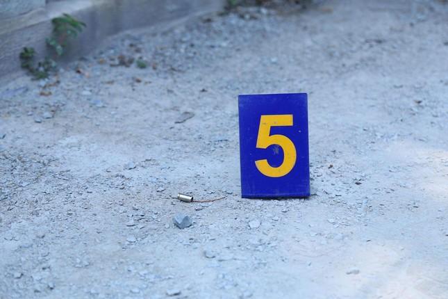 Xác định nguyên nhân vụ nổ súng trong quán cà phê ở Bình Dương ảnh 2