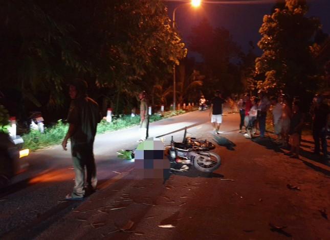 Sau va chạm giao thông, nam thanh niên văng xuống đường tử vong ảnh 1