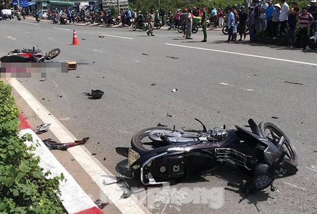 Thanh niên vượt đèn đỏ gây tai nạn làm 3 người tử vong ảnh 1