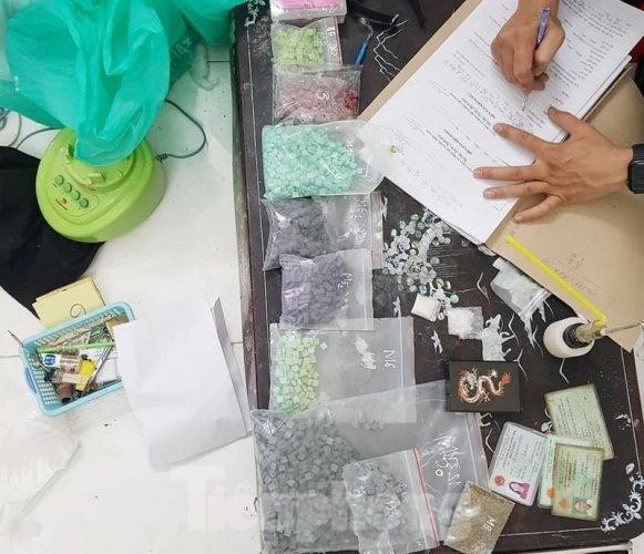 Triệt phá cơ sở sản xuất ma túy ở Bình Dương ảnh 2
