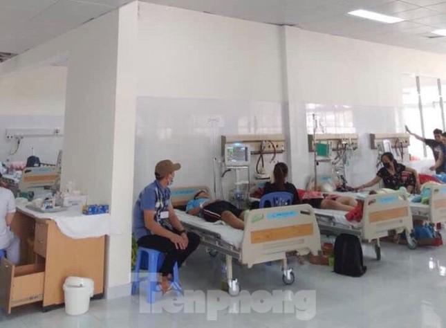 Những bệnh nhân đầu tiền đến điều trị tại bệnh viện trăm tỉ từng bỏ hoang ảnh 4