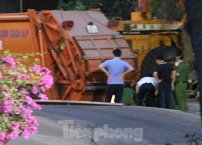 Công nhân vệ sinh bị xe rác đè tử vong tại nơi làm việc ảnh 2