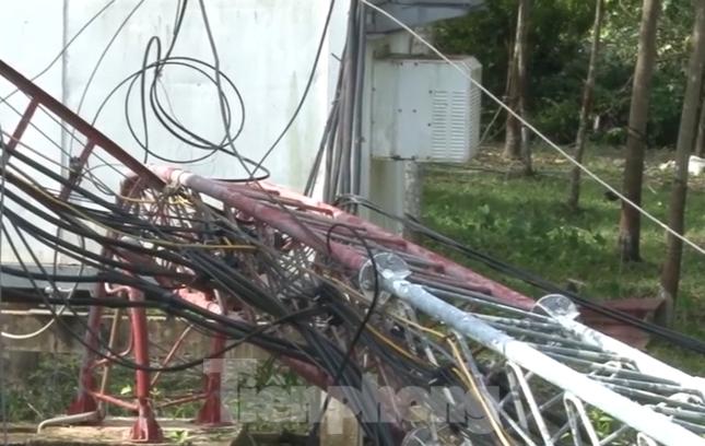 Bình Dương, Bình Phước mưa lớn làm hàng chục căn nhà bay mái, cột điện đổ sập ảnh 6
