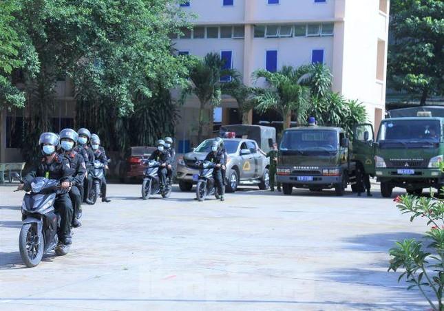 Bộ Công an tăng cường lực lượng bảo vệ bầu cử ở Bình Dương ảnh 2