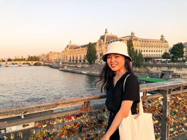 Cuộc sống tự cách ly của du học sinh Việt Nam tại Pháp ảnh 1