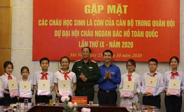 Gặp mặt con của cán bộ, chiến sĩ phục vụ trong Quân đội dự Đại hội Cháu ngoan Bác Hồ ảnh 5
