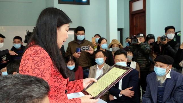 Dù nói 'không hoàn toàn đỡ được bé', Nguyễn Ngọc Mạnh vẫn được dân mạng khen ngợi ảnh 2