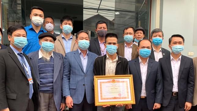 Anh Nguyễn Ngọc Mạnh nhận bằng khen của Thủ tướng ảnh 1