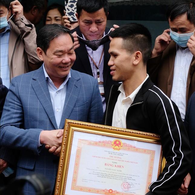Nguyễn Ngọc Mạnh: 'Tôi không phải người hùng, mọi người đừng tung hô như vậy' ảnh 1