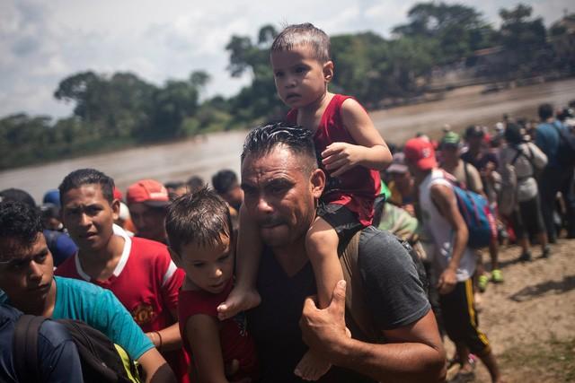 Mỹ điều động 5.200 lính đến biên giới ngăn làn sóng người tị nạn ảnh 3