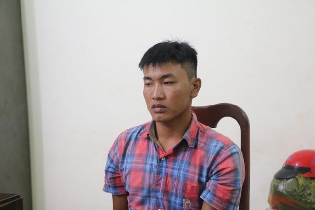 Bắt giữ phụ hồ chuyên cướp giật điện thoại ở Bình Phước ảnh 1