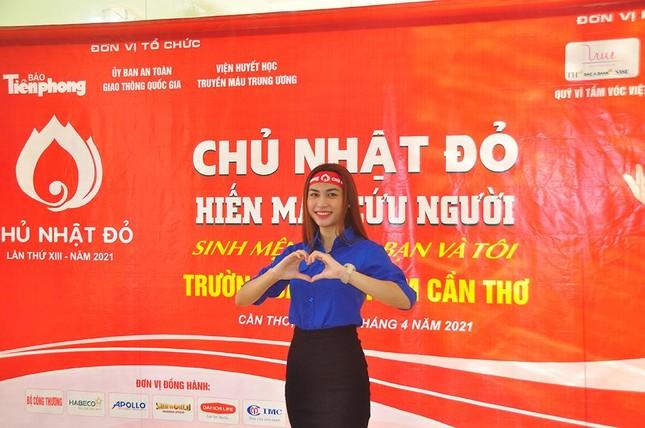Flushing Red Sunday at South Can Tho University photo 12