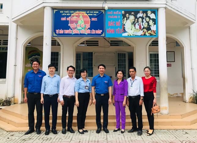 Bí thư Trung ương Đoàn thăm giáo viên Tổng phụ trách Đội tại Trà Vinh ảnh 4