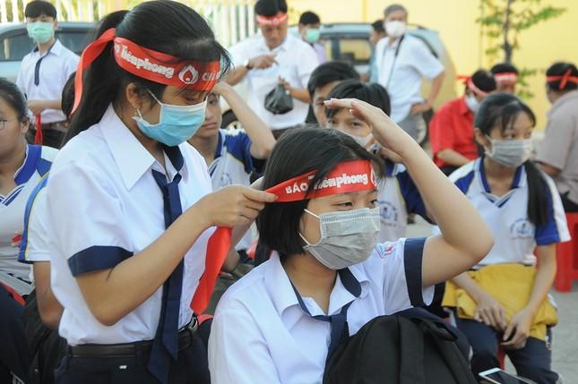 Chủ nhật Đỏ ở Cù Lao Dung ảnh 1