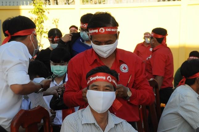 Chủ nhật Đỏ ở Cù Lao Dung ảnh 2