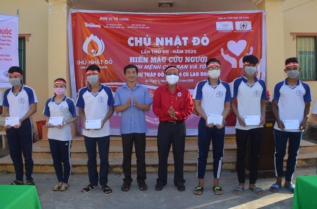 Chủ nhật Đỏ ở Cù Lao Dung ảnh 8