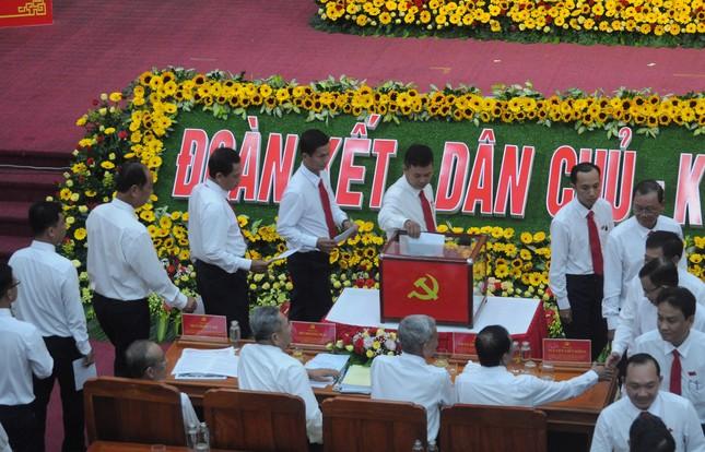 Giới thiệu ông Lê Tiến Châu để bầu giữ chức Bí thư Tỉnh ủy Hậu Giang ảnh 1