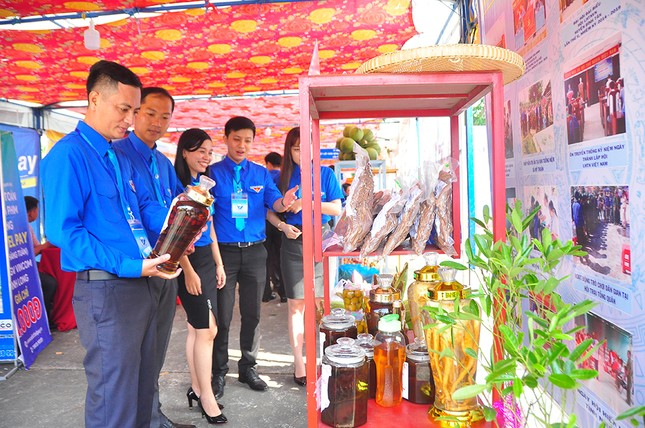 Anh Nguyễn Minh Thiện tái đắc cử Chủ tịch Hội LHTN Việt Nam tỉnh Vĩnh Long ảnh 1