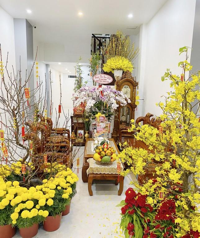 Hoa khôi Thúy Vi trang hoàng nhà rực rỡ đón xuân ảnh 8