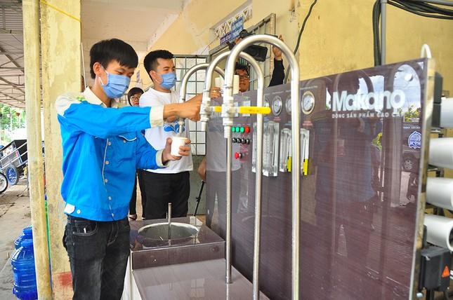 Tặng 3 hệ thống máy lọc nước nhiễm mặn Makano tại Cà Mau, Kiên Giang ảnh 14