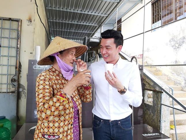 Tặng 3 hệ thống máy lọc nước nhiễm mặn Makano tại Cà Mau, Kiên Giang ảnh 1