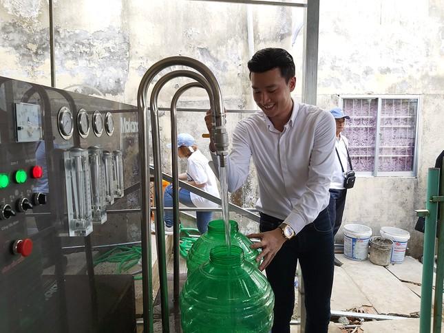 Tặng 3 hệ thống máy lọc nước nhiễm mặn Makano tại Cà Mau, Kiên Giang ảnh 4