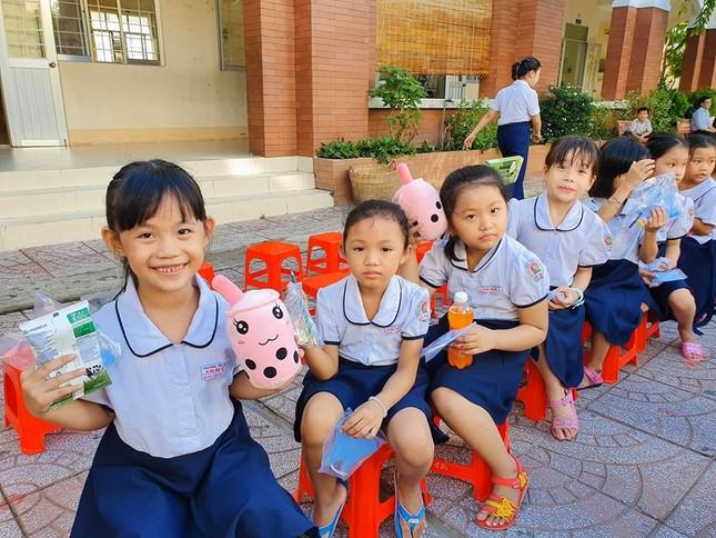 Hoa khôi Huỳnh Thúy Vi đồng hành với thiếu nhi bảo vệ môi trường ảnh 7