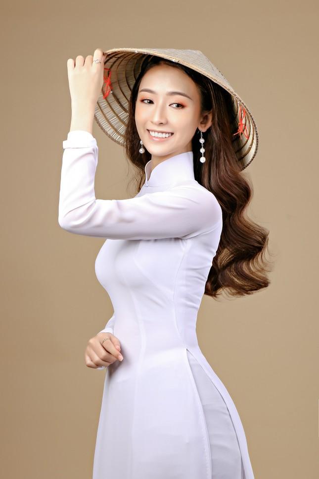 Nữ sinh Vĩnh Long và điều mơ ước tại Hoa hậu Việt Nam 2020 ảnh 5