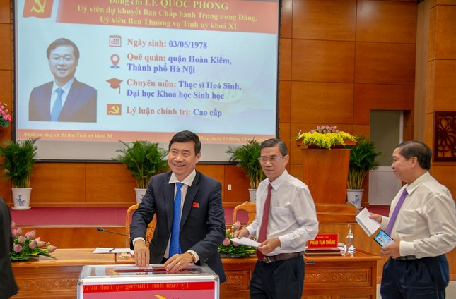 Nguyên Bí thư thứ nhất TƯ Đoàn Lê Quốc Phong được bầu làm Bí thư Tỉnh ủy Đồng Tháp  ảnh 2