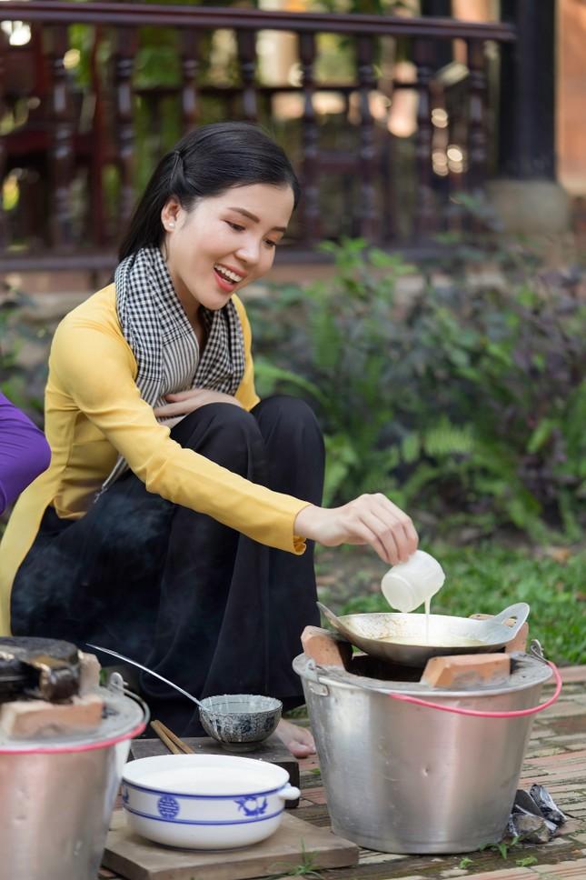 Hoa khôi Huỳnh Thúy Vi: 'Vị ngọt miền Tây' từ tình yêu quê hương  ảnh 1