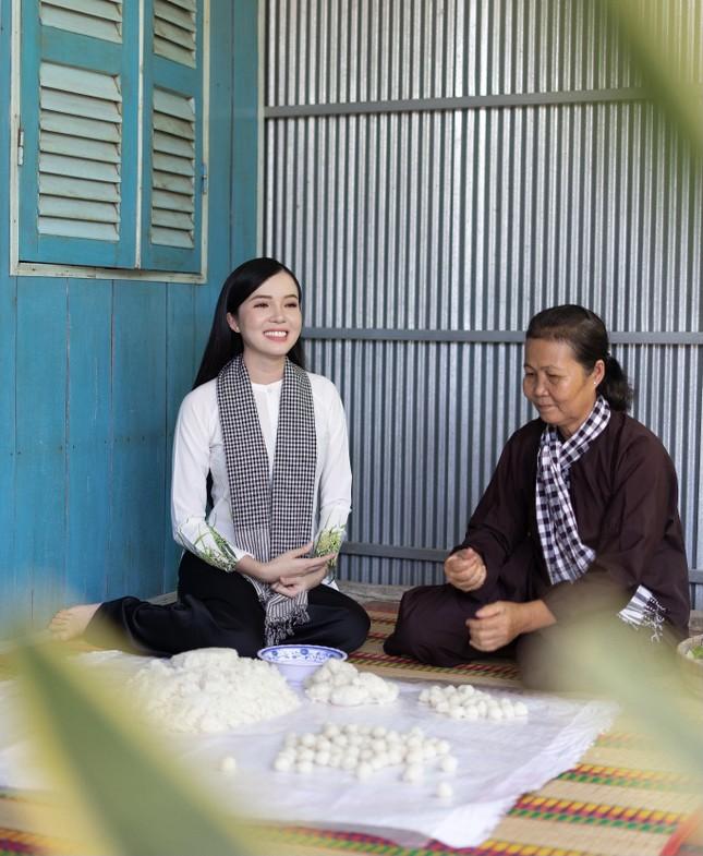Hoa khôi Huỳnh Thúy Vi: 'Vị ngọt miền Tây' từ tình yêu quê hương  ảnh 6