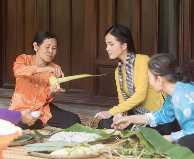 Hoa khôi Huỳnh Thúy Vi: 'Vị ngọt miền Tây' từ tình yêu quê hương  ảnh 5