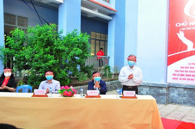Hàng trăm bạn trẻ tham gia hiến máu tại trường ĐH Đồng Tháp ảnh 7