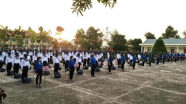 Gần 5.000 tân binh TPHCM, thanh niên ĐBSCL hăng hái lên đường bảo vệ Tổ quốc ảnh 33