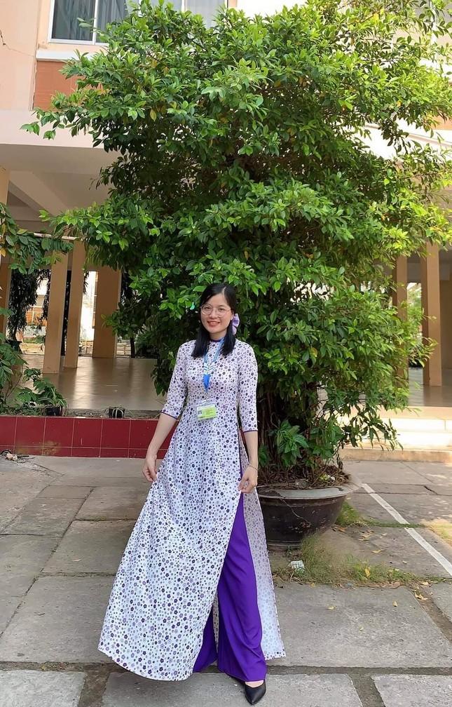 Phụ nữ Tỉnh đoàn An Giang duyên dáng với áo dài thướt tha ảnh 7