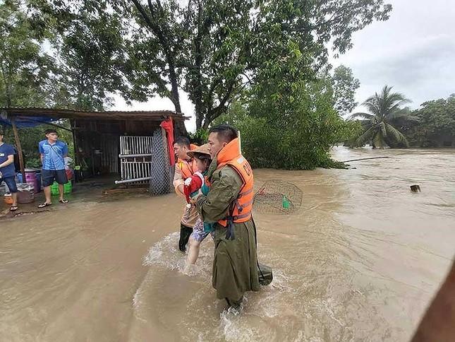 Ngập lụt lịch sử ở đảo ngọc Phú Quốc ảnh 2