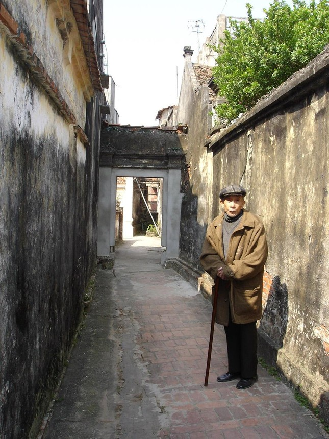Nhà văn Kim Lân nhập vai… Kim Lân ảnh 1