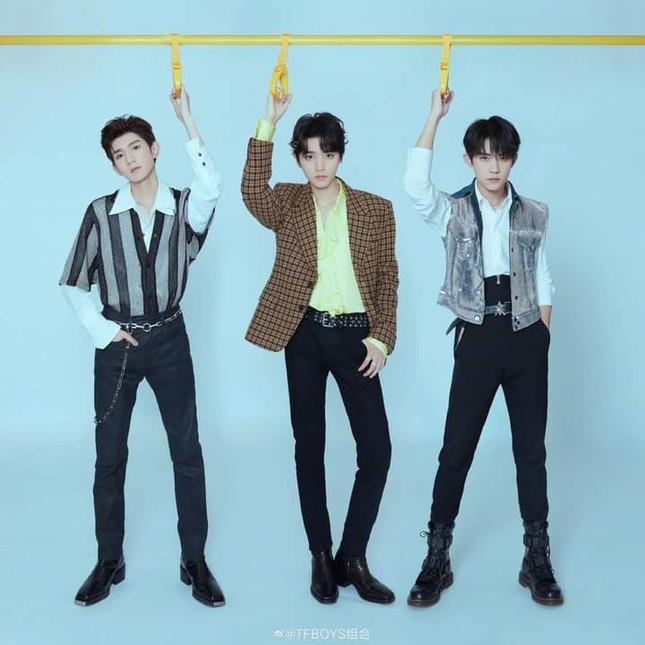 TFBOYS vượt qua BTS, lập kỉ lục Guinness mới về số lượng người xem concert online ảnh 2