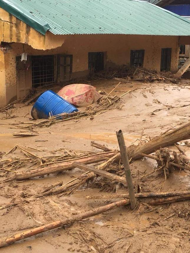 Hình ảnh mưa lũ tàn phá khủng khiếp ở Mường Lát ảnh 1