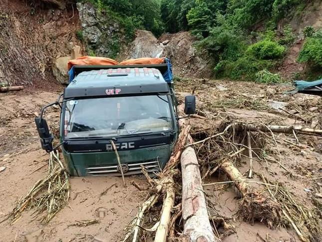 Hình ảnh mưa lũ tàn phá khủng khiếp ở Mường Lát ảnh 2