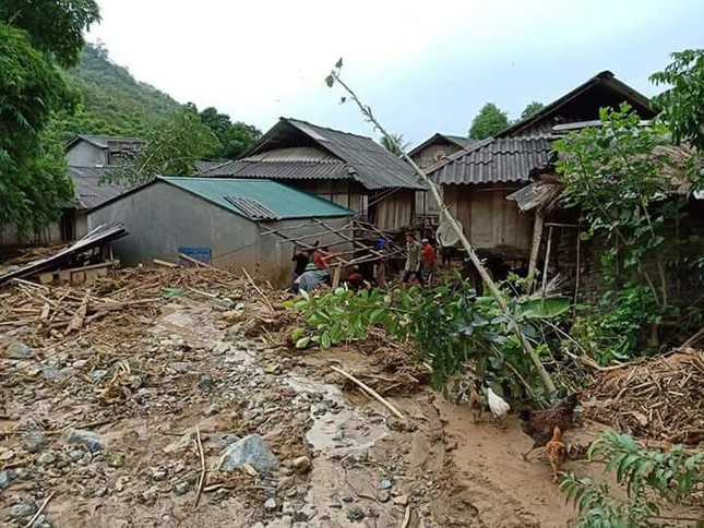 Hình ảnh mưa lũ tàn phá khủng khiếp ở Mường Lát ảnh 3