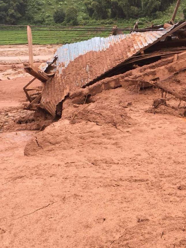 Hình ảnh mưa lũ tàn phá khủng khiếp ở Mường Lát ảnh 4