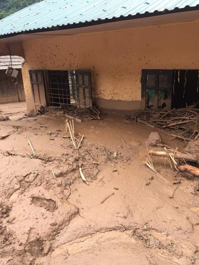 Hình ảnh mưa lũ tàn phá khủng khiếp ở Mường Lát ảnh 9