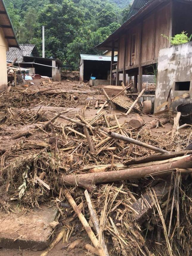 Hình ảnh mưa lũ tàn phá khủng khiếp ở Mường Lát ảnh 11