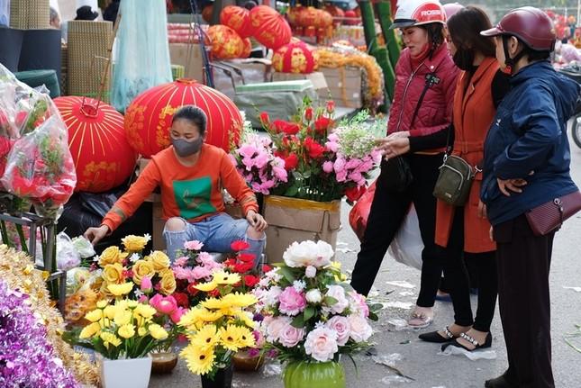 Hoa lạ, hoa giả được săn đón ở Thanh Hóa ảnh 3
