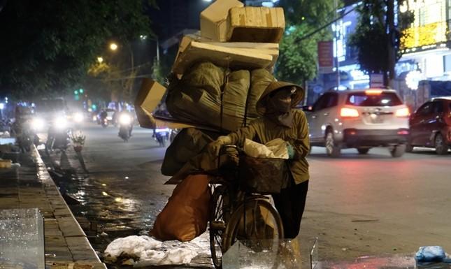 Ngược xuôi đêm giao thừa ở TP Thanh Hoá ảnh 6