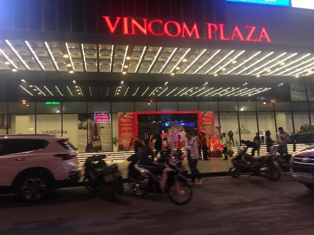 Ngược xuôi đêm giao thừa ở TP Thanh Hoá ảnh 9