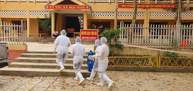 Cận cảnh bếp ăn phục vụ người Việt từ Lào về cách ly ở huyện Quan Sơn ảnh 11