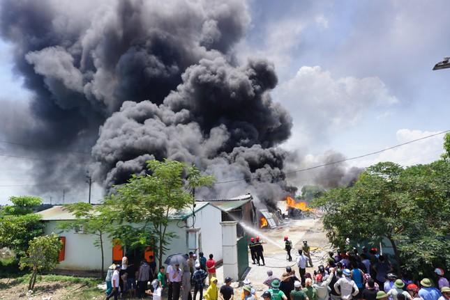 Thanh Hóa: Cháy lớn tại khu công nghiệp Tây Bắc Ga ảnh 2