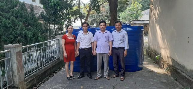 Hàng chục máy lọc nước sạch về với trẻ em vùng núi Thanh Hoá ảnh 2